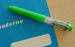 Bolígrafo de diez colores